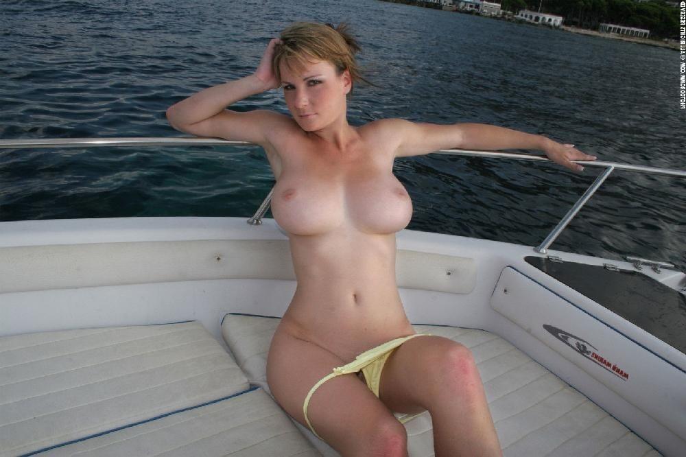 Naked boat boobs gif ex girlfriend photos